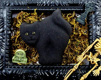 Unlucky Black Cat Witches Brew Scented Bath Bombs!