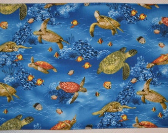 6 Sea Turtle placemats/2 potholders, turtle placemats, cloth placemats, gift, birthday gift, pot holders, aquatic