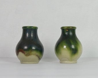 Pair of small vases, green and beige, ceramic