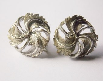 Vintage Lisner Silver Tone Round Swirl Screw on Earrings
