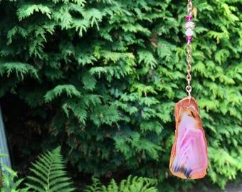 Pink agate slice suncatcher with champagne, white & fuchsia pink glass crystal beads, baby girl gift, meditation, garden art, housewarming