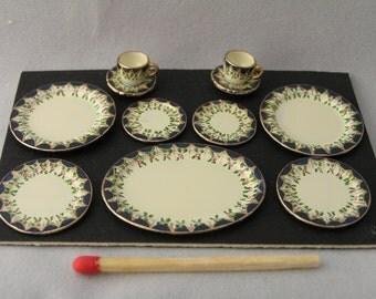 Hand-Painted Dollshouse Miniature Plate and Tea Cup Set - Navy