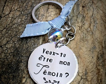 Hand Stamped 'Veux tu être mon Témoin' Personalised Message French Keyring