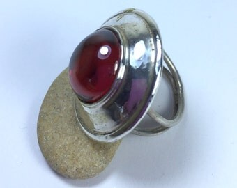 Carnelian Silver Ring - Sterling Silver Ring - Statement Ring - Size 7 Ring - Carnelian Cabochon - Orange Silver Ring - Round Carnelian Ring
