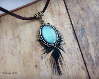 Necklace / pendant bronze color, feather and blue-green glass cabochon. Bohemia, medieval, romantic, Gothic.