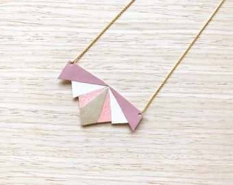 Emma necklace model Pink / / Necklace / gold plated / Rose / / Jewel for her / Gift for her / / faux leather / leatherette