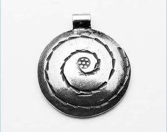 HP007 ~ Spiral Pendant
