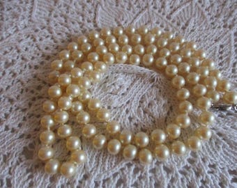 """Vintage Dark Cream Coloured Single Strand Pearl Necklace 34"""" L c1960 Knotted Strand with Pat. on clasp"""