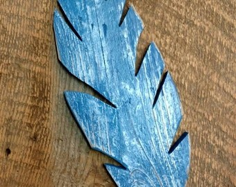 Shabby Chic Rustic blue - Wood feather cutout pallet wall art - fence
