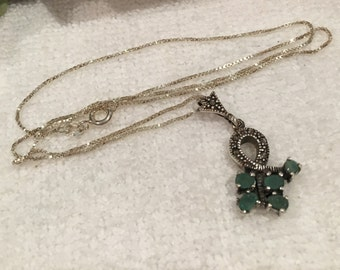 Gorgeous Vintage Sterling SILVER-Emerald and MARCASITE Pendant-Comes on a 46cm (18 inch) Italian Made Sterling Silver Box Chain