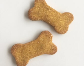 grain free pumpkin dog treats // all natural, human grade ingredients // no added salt, sugar, preservatives or artificial colors
