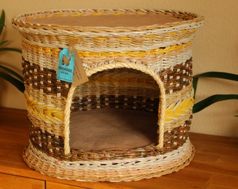Cat House with roof terrace from newspaper