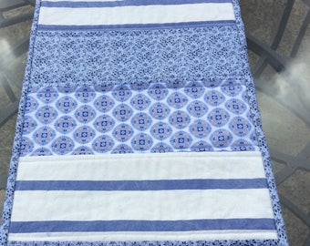 Blue and white cotton table runner, patchwork table runner, quilted table runner in complimentary blue and white cotton fabrics