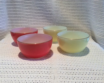 Pyrex JAJ Hostess Bowls 2 x Spring Yellow and 2 x Deep Coral 1960's