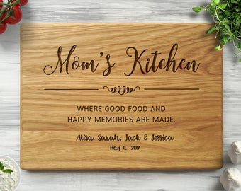 Mother's Day Gift, Mom's Kitchen, Personalized Cutting Board, Custom Cutting Board, Mothers Day Gift, Gift for Mom, Mom Birthday Gift