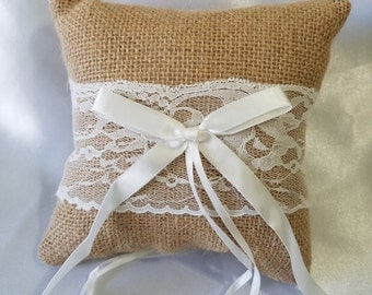 Rustic Burlap Ring Bearer Pillow with White Lace, 5 x 5