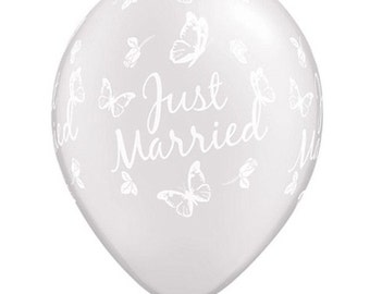 "11"" Stunning ""Just Married"" with Butterflies all around Latex Balloon  - White - Weddings,"