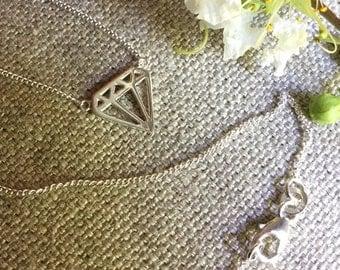Diamond necklace/Diamond shape/Sterling silver necklace/chain necklace/Sterling silver/diamond design/diamond shape/necklace