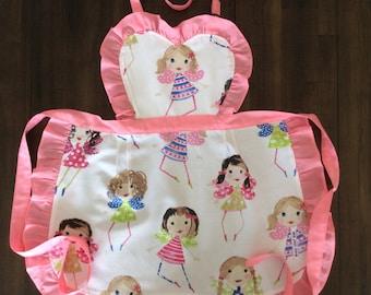 Girls Apron (fits 3-6 year old), Kids Apron, Child Apron, Girls Apron with Fairies, Girls Apron with Frills, Girls Heart Bib Apron