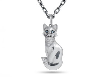 Fox pendant, Fox Jewelry, Fox Necklace / Solid Sterling Silver (Silver 925)