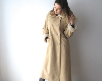 Vintage Women's Classic Beige Coat Wool Blend Cashmere Faux Fur Collar Coat Medium Size Romantic Midi Coat Office Lady Coat