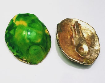 Vintage unique green and gold clip on earrings
