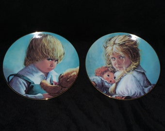 "1983 Pacific Art ""Teddy & Terry"" Collector Plates by Su Etem"