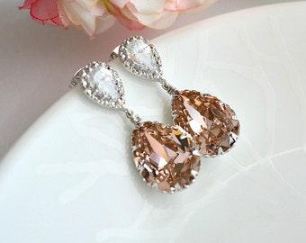 Vintage Rose Swarovski Crystal Teardrop Bridal Earrings, Blush Crystal Drop Wedding Earrings. Bridemaids Jewelry. Blush Bridal Wedding.