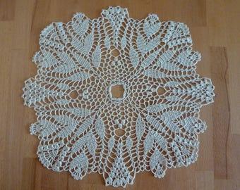 Crochet doily,crochet napkin,square doily,tulip,crochet tablecloth,floral doily,lace doily,lace table cloth,table decor,crochet doilies