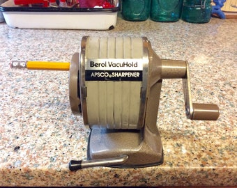 Berol Vacuhold Pencil Sharpener