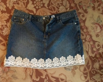 vintage upcycled jean mini skirt with white lace edging