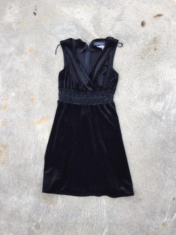 Vintage velveteen and lace V-neck little black mini dress from the 90s, size medium