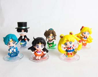 Sailor Moon Chibi Figures With Base Choose Your Toy