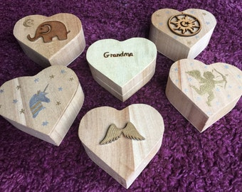 Personalised wooden gift box,heart shaped gift box,valentines gift,bracelet gift box,hand painted,valentines jewellery,jewellery box,gifts,