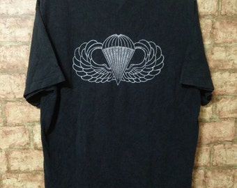 MEGA SALE 90's Vintage AIRBORNE T-Shirt Us Airborne School Size L