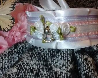 White Pastel Floral Elegance collar/choker