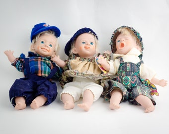 """Gloobee 10.5"""" Dolls Real Life Expressions."""