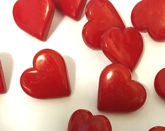 10 red heart buttons, heart buttons, red buttons, 18mm heart buttons, shank buttons, craft buttons, resin buttons, shiny red buttons uk