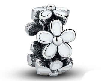 Darling Daisy Spacer Designed to fit Pandora Biagi and Similar Style Bracelets