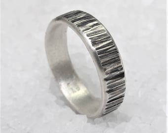 Men band ring oxidized hammered silver