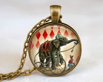 Circus Elephant Necklace Jewelry Elephant and Monkey Circus Jewelry - Vintage Elephant Necklace Circus Pendant - Circus Elephant Necklace