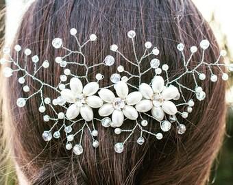 Bridal Hair comb Bridal Headpiece Pearls crystals, Wedding