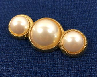Circa 1950's Brooch - Richelieu Faux Pearl Brooch - Faux Pearl Pin - Vintage Richelieu Pin - Three Faux Pearls in Gold Tone Setting