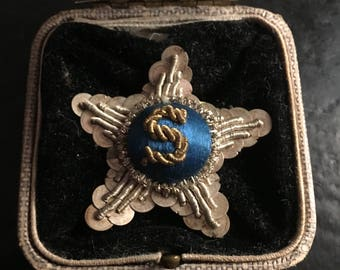 Unusual 1920s Hand-Embroidered Brooch with Monogrammed S