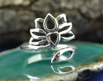Sterling silver adjustable ring with lotus flower in sizes 5, 6, 7, 8, 9