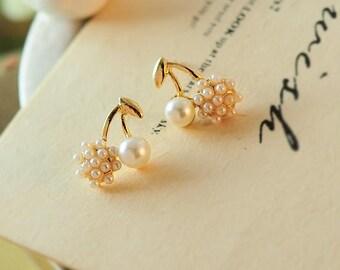 Romantic Earring Stimulated Pearl Earring CHERRY Stud Earrings BEAUTIFUL 1.2x1.5 cm