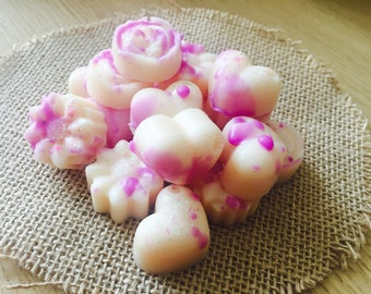 Emily Makes ... Blueberry & Vanilla Scented Soy Wax Melts For Oil Burners / Gift