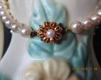 Vintage single strand faux PEARL NECKLACE