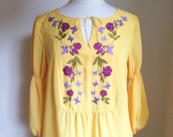 Embroidered Top, Women's Clothing, Yellow blouse, Canary Yellow top, Embroidered Blouse, Embroidered butterflies, Embroidered flowers, Small