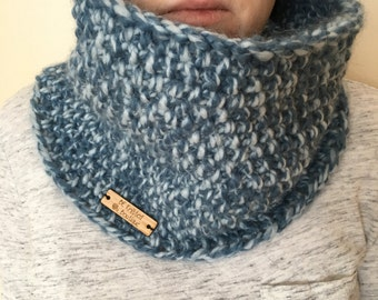 Hand knit cowl, chunky cowl